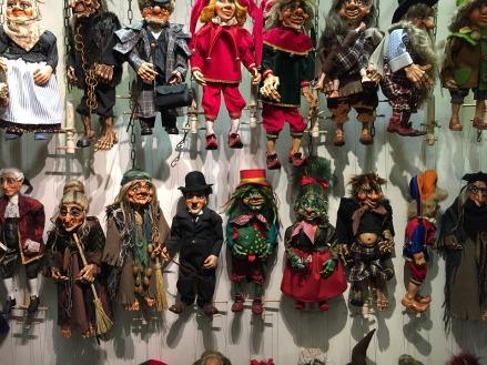 puppets-1381439_960_720.jpg